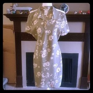 Rampage Clothing Green Floral Dress 3